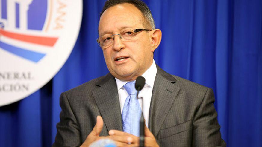 ngel estévez ministro de agricultura