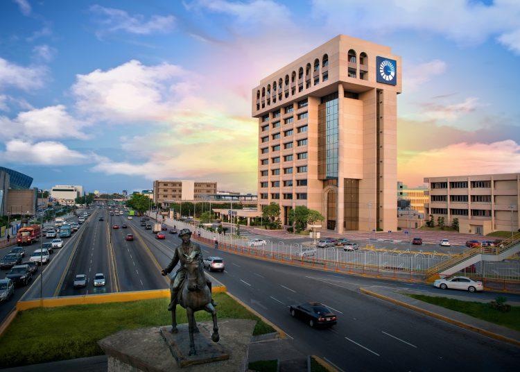 Torre Popular, sede del Banco Popular Dominicano.