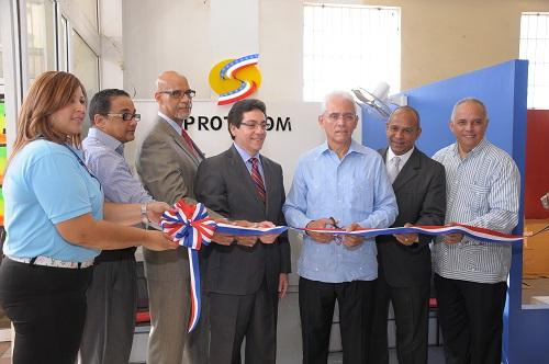 La Superintendencia de Electricidad abrió recientemente una oficiona de Protecom en Las Terrenas para monitorear el servicio energético.