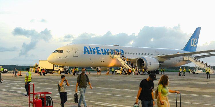 Air Europa, Aeropuerto de Samaná