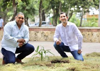 Alcalde SPM y Roberto Herrera