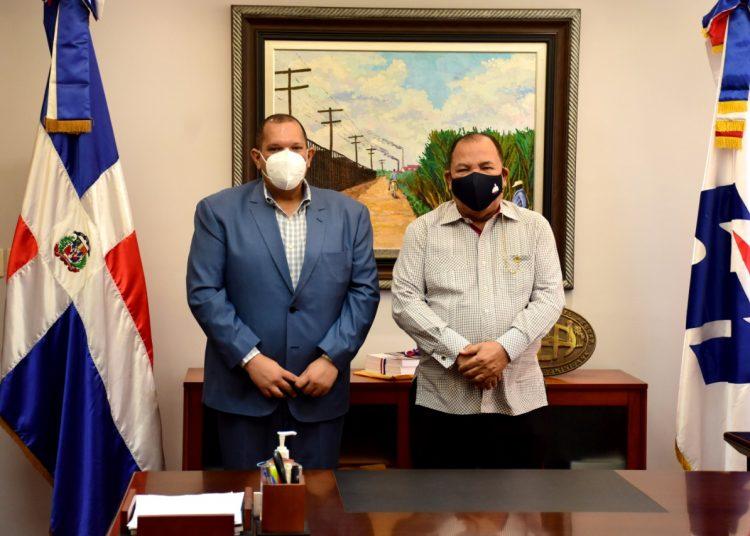 El alcalde de Santo Domingo Norte, Carlos Guzmán,  se reunió con el director general de Bienes Nacionales, César Cedeño.