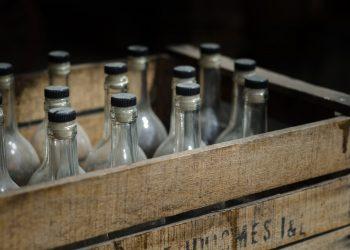 Alcohol ilícito, contrabando