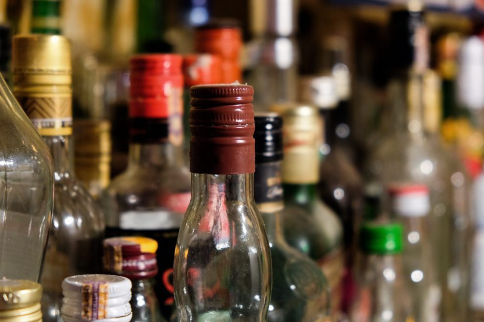 alcoholes y cigarrillos, clerén