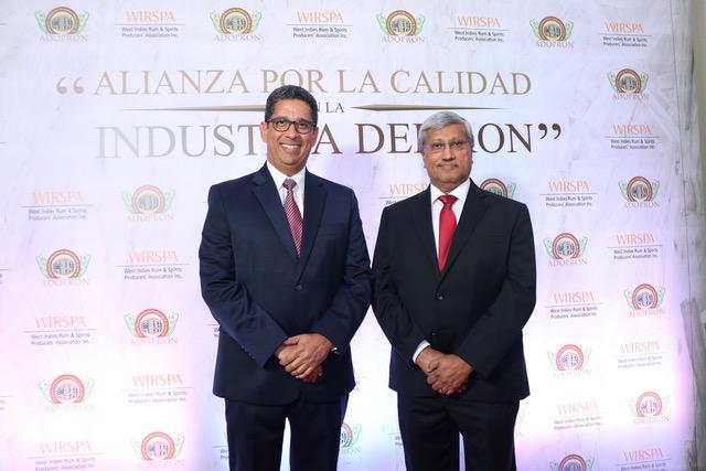 augusto ramírez, presidente de adopron y komal samaroo, presidente de wirspa
