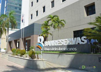 El BanReservas logró mejorías en las calificaciones de riesgos de Fitch Ratings y Moody's. | Lésther Álvarez