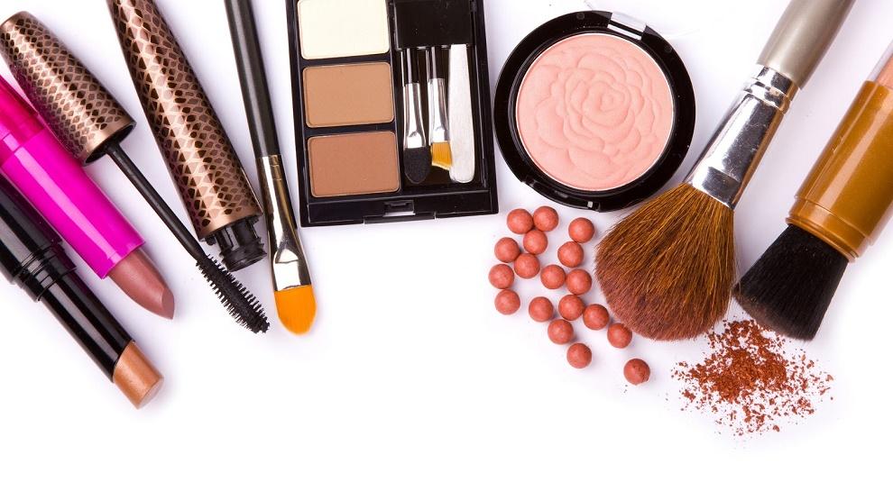 La industria de la belleza genera miles de empleos y divisas al país.