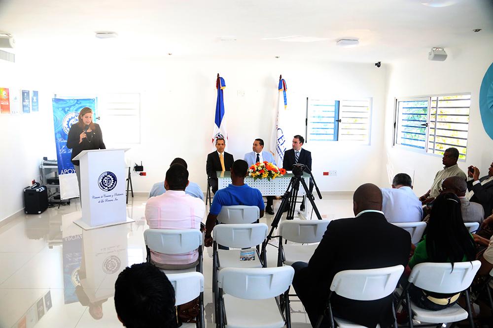 La Feria de Empleos fue anunciada en una rueda de prensa en la Cámara de Comercio y Producción de La Romana.
