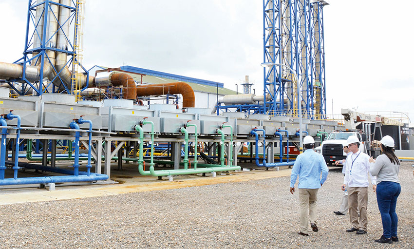 La empresa de electricidad es un sistema aislado que ofrece servicio, principalmente, a todos los hoteles de la zona este del país.