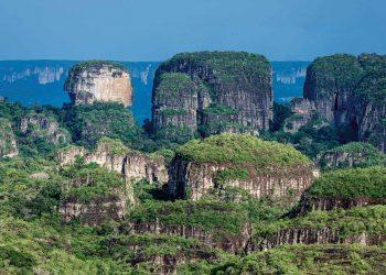 Chiribiquete_-turismo-colombiano-en-el-corazón-del-Amazonas