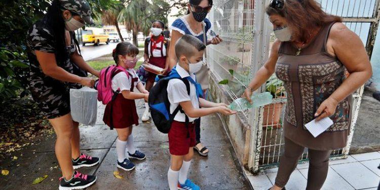 Clases presenciales, escuelas Cuba