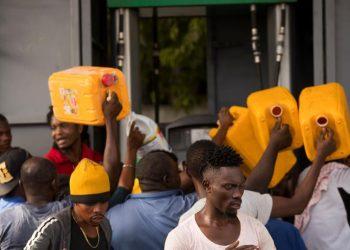 Combustible escasez Haití