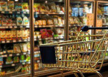 El alza de un 3.8% en los precios de los alimentos no pudo compensar por completo la caída del 3.6% de los precios energéticos. | Pixabay.