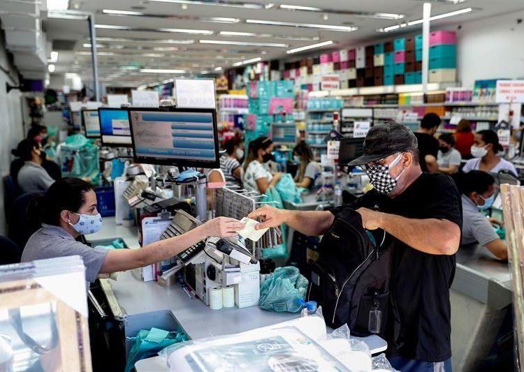 Consumidores Brasil