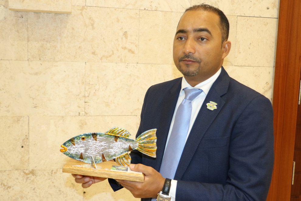 cyprinodon higüey alcalde ramón ramírez presente obra de artesanos locales