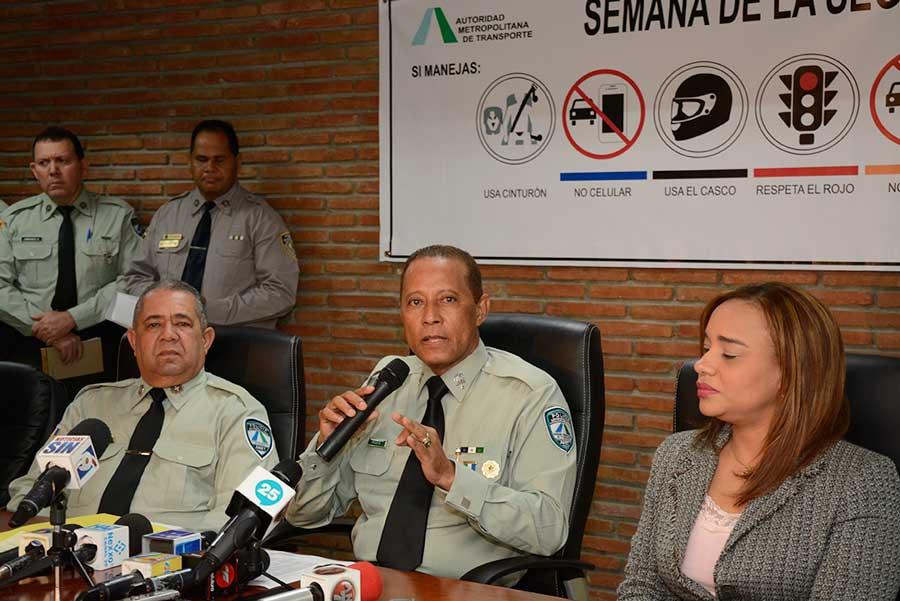 Amet presenta programa de la Semana de la Seguridad Vial. | Lésther Alvarez