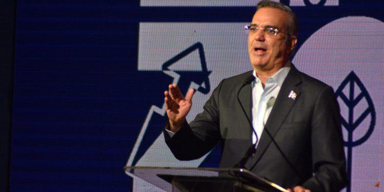 El presidente Luis Abinader encabezó la celebración del Día Nacional de las Zonas Francas.   Lésther Álvarez.