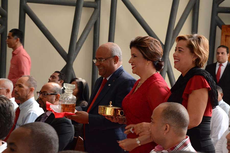 La vicepresidenta Margarita Cedeño y Ramón González Paulino encabezaron el acto. /LÉSTHER ÁLVAREZ