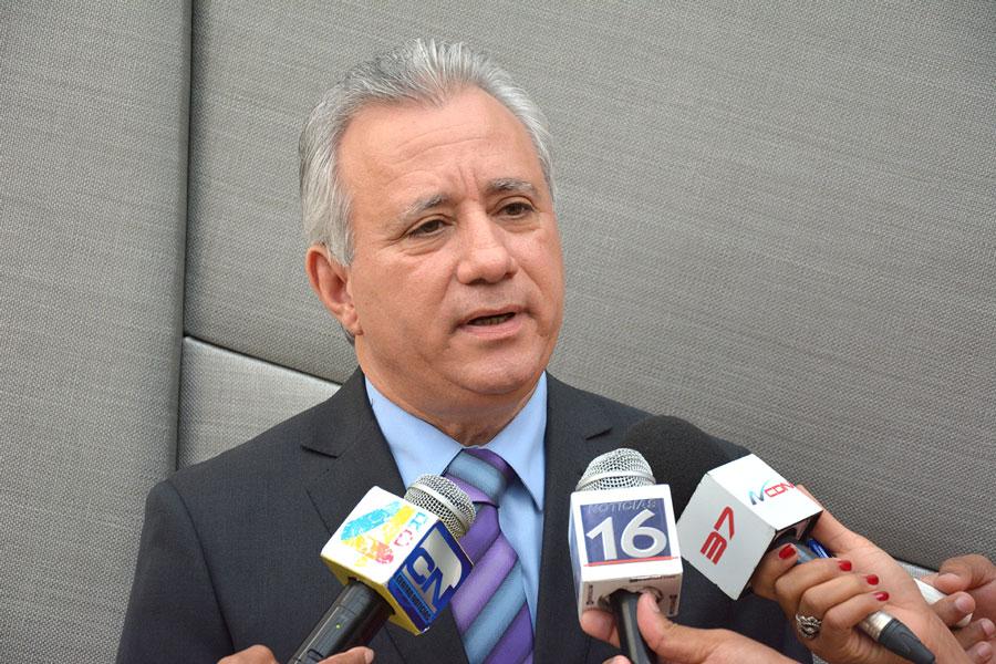 Antonio Taveras Guzmán, presidente de la AEIH./Gabriel Alcántara