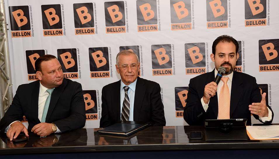 Los ejecutivos de Ferretería Bellón expresaron su confianza en la justicia./ Lésther Álvarez.