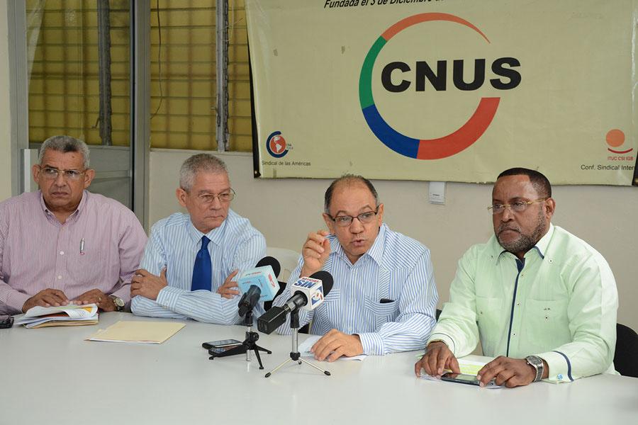 Los representantes del sector sindical piden al Gobierno que los apoye en su posición ante el CNS./Lésther Alvarez
