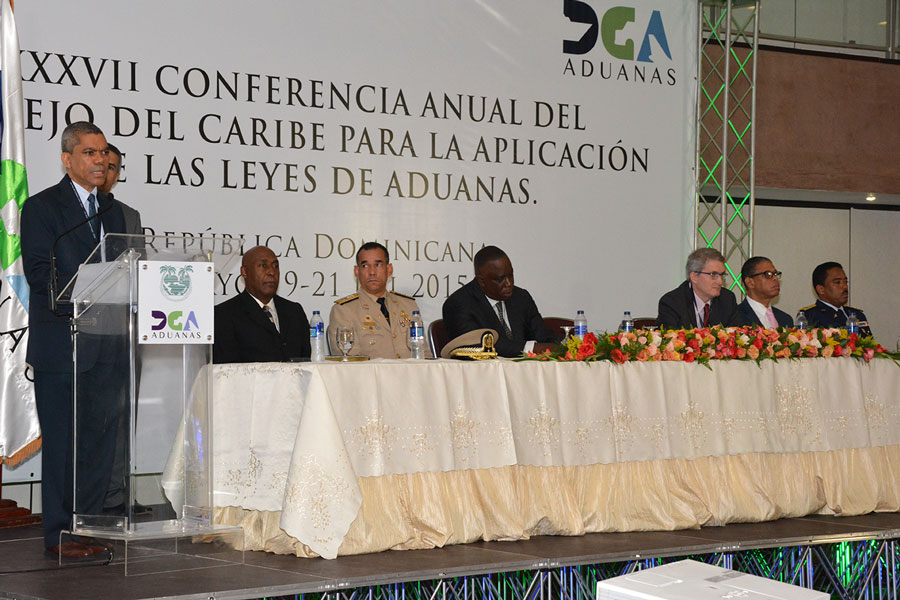 Gabino Polanco, subdirector de Aduanas, encabezó la conferencia anual del Caribe sobre aplicación de leyes de Aduanas, que se realizó en el hotel Crowne Plaza. / Gabriel Alcántara