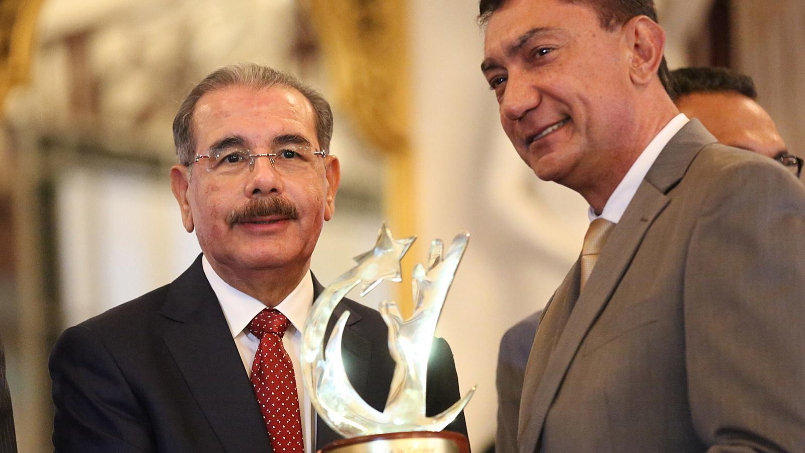 El Gran Premio a la Calidad fue entregado a la Junta de Aviación Civil..