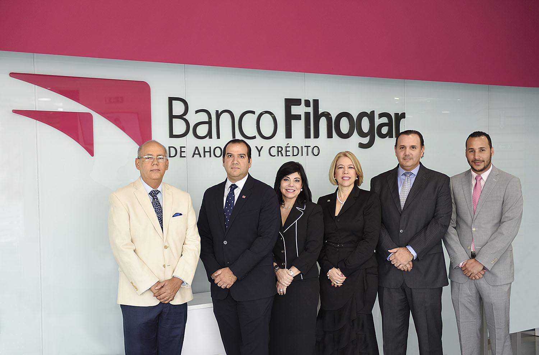 directiva y gerentes del banco fihogar