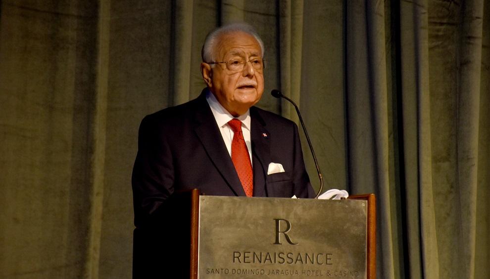 el ministro antonio isa conde 17ma conferencia anual sobre energía del caribe (1)
