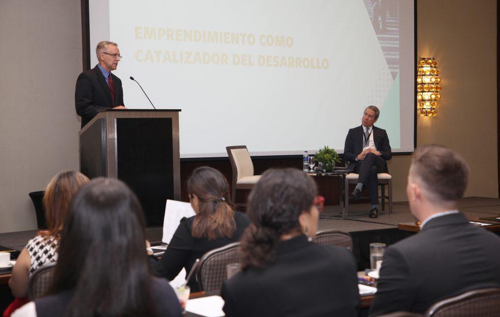 embajada de estados unidos conferencia de emprendimiento ii