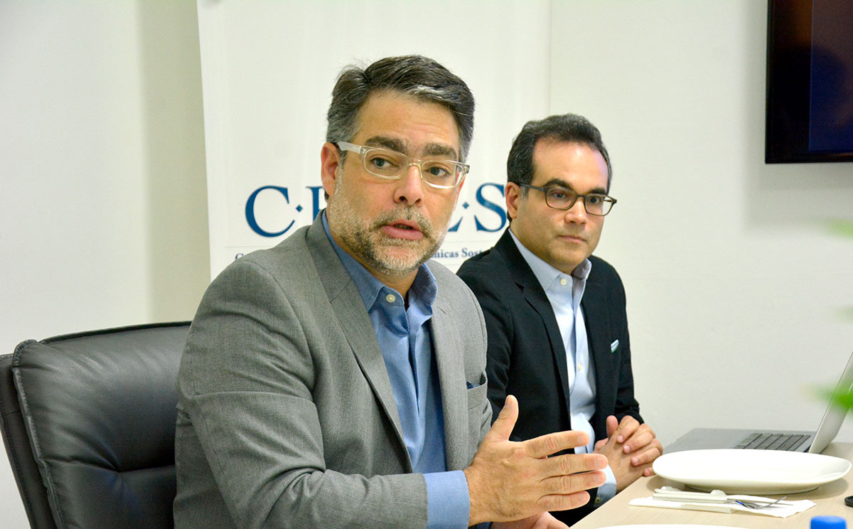 ernesto selman y miguel collado crees