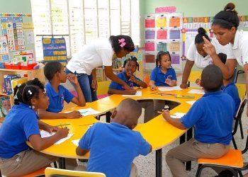 Escuela clases presenciales rd