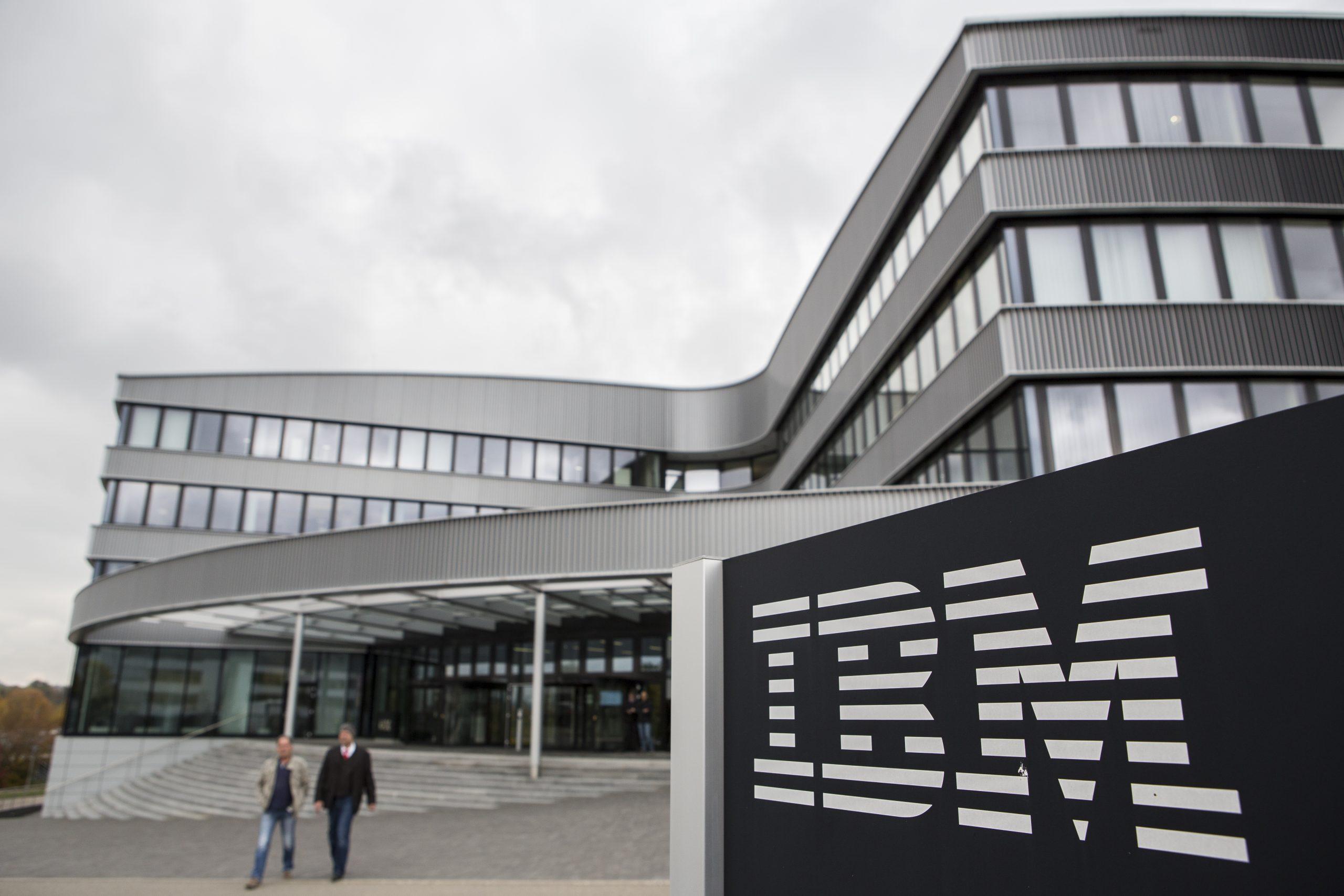 economía. ibm ofrece gratuitamente a los gobiernos su asistente con ia para ayu