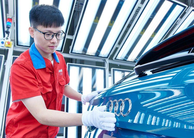 Actividad manufacturera, producción industrial, auto china