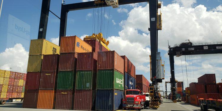 Exportaciones de Zona Francas crecen 28.4% durante enero-agosto 2021.