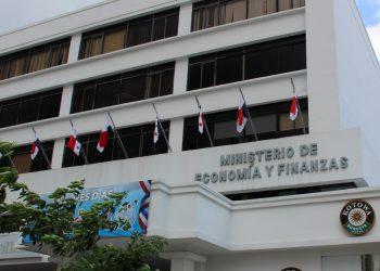 Fachada del Ministerio de Economía y Finanzas de Panamá. | Capital Financiero.