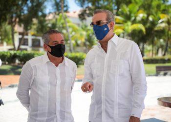 Fernando Hazoury y Luis Abinader.