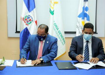 Firma Acuerdo Contraloría y Contrataciones Públicas