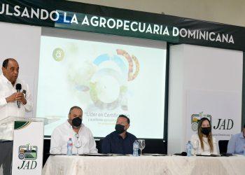 Los servicios que se ofrecerán a los productores serán inspección, certificación, realización de ensayos y colaboración de proyectos de exportaciones. | Lésther Álvarez