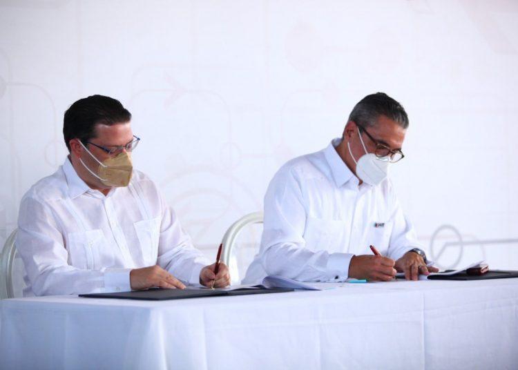 Firma entre Puerto de Haina y DGA