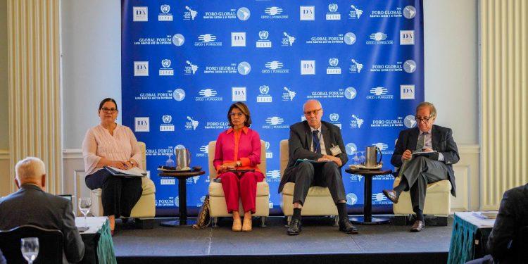 Participación de los exmandatarios latinoamericanos en el segundo día del Foro Global América Latina y el Caribe 2021. | Fuente externa.