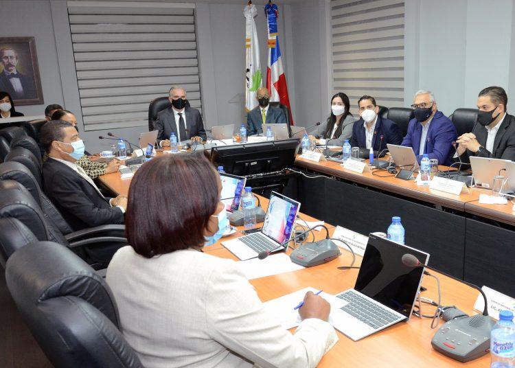 Reunión de los integrantes del Consejo Nacional  de Seguridad Social (CNSS).