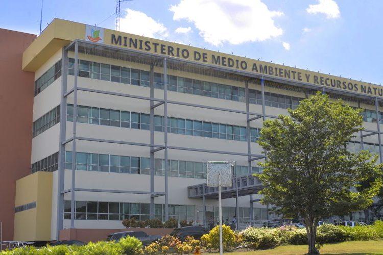 Fachada del Ministerio de Medio Ambiente y Recursos Naturales.