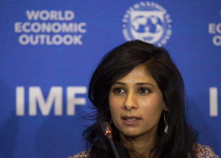 Gita Gopinath, economista jefe del Fondo Monetario Internacional.   Esteban Felix, AP.