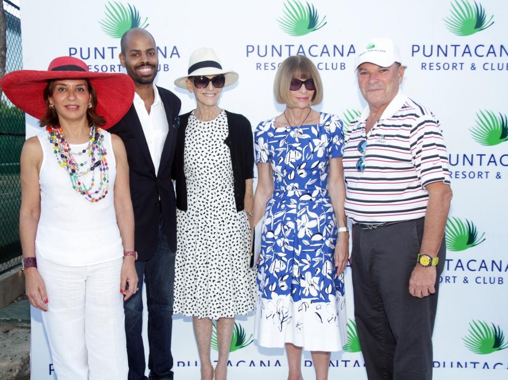 Haydee de Rainieri, Moises De La Renta, Annette De La Renta, Ana Wintour y Frank Rainieri./elDinero