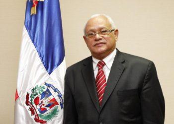 Luis Delgado.