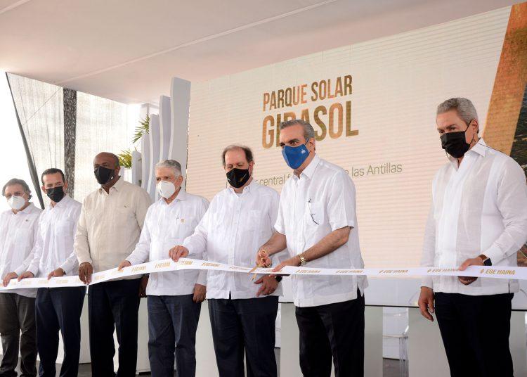 Inauguración de la Parque Solar Girasol | Lésther Álvarez