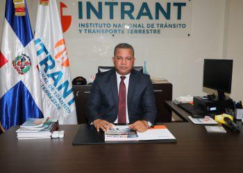 El director ejecutivo del Instituto Nacional de Tránsito y Transporte Terrestre (Intrant), Rafael Arias.