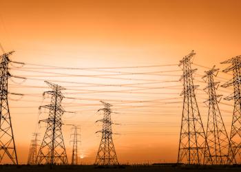 La industria eléctrica de la República Dominicana otorga cada vez menos preponderancia a los derivados del petróleo.
