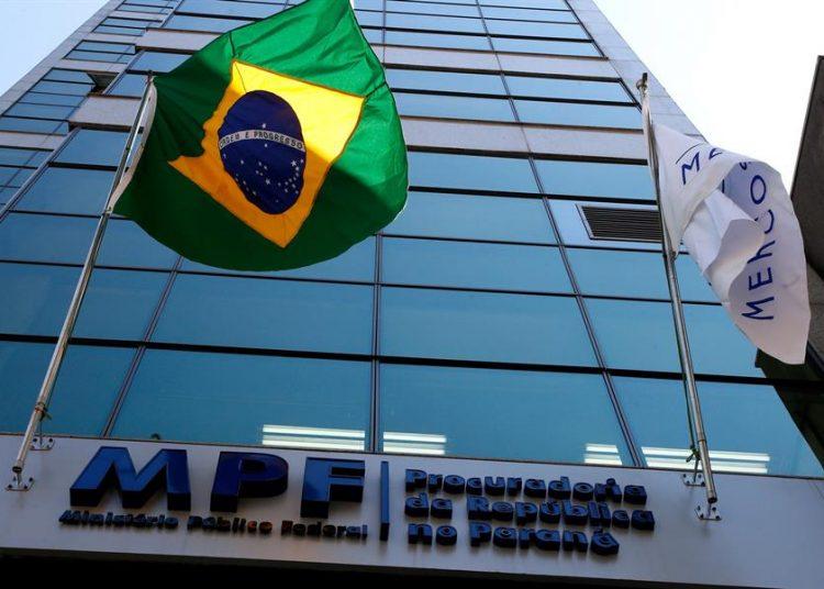 Fotografía de la sede del Ministerio Público Federal en Curitiba, Brasil. |  Hedeson Alves, EFE.